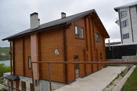 Продается просторный дом для жизни и отдыха с видом на озеро Абрау. - Фото 1