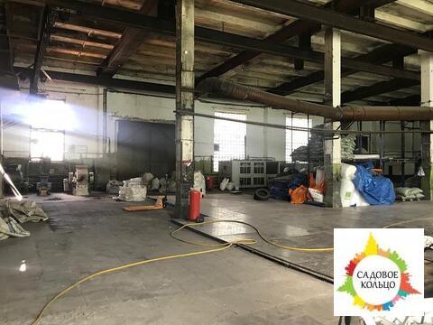Под произ-во/склад, отаплив, выс. потолка: 6 м, пол-бетон, 2-е ворот - Фото 1