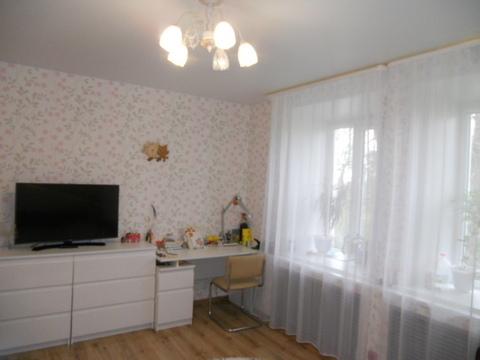 Продается 3-комнатная квартира на 3-м этаже 3-этажного кирпичного дома - Фото 1