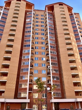 ЖК Гусарская баллада 2-комнатная квартира с ремонтои - Фото 1