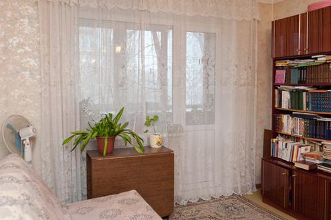 Продается двухкомнатная квартира на третьем зтаже девятиэтажного дома - Фото 4