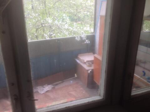 Продам комнату в трёхкомнатной квартире - Фото 2