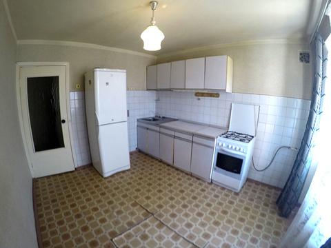 Продается 1- комнатная квартира в районе Глобуса по ул. Бекешская 4 - Фото 1