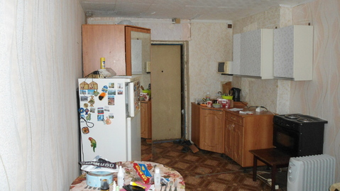 Продается комната в общежитие коридорного типа в г.Александров по ул.Ф - Фото 1