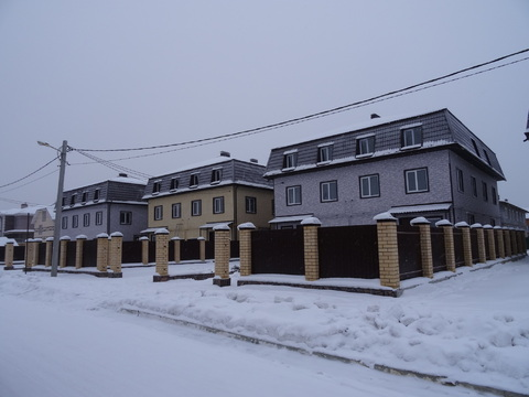 Таунхаус, район Широкая речка, черта Екатеринбурга. - Фото 1