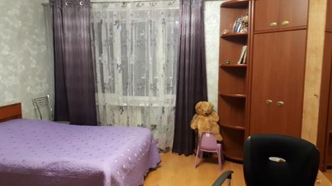 4-х комн. кв-ра для большой семьи, 4эт. 5ти этажного кирпичного дома - Фото 3
