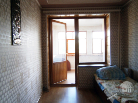 Продается комната с ок в 3-комнатной квартире, ул. Ленина - Фото 3