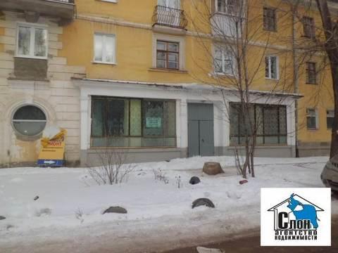 Сдаю помещение под бар и магазин на ул.Земеца,28 - Фото 1