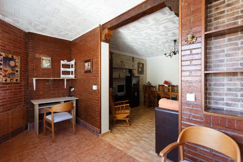 Продаю Очаровательную и просторную квартиру в Велес-Малага, Испания - Фото 5