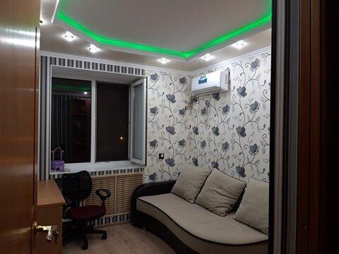 Районе Толстый мыс продается 4-х комнатная квартира, частично с мебелью - Фото 1