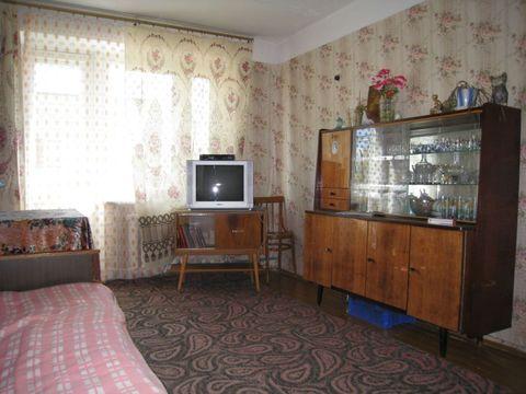 Продаётся 3к квартира в пгт Белый Городок по ул. Главная 24 - Фото 1