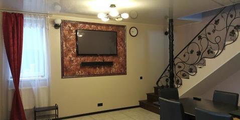 Сдам шикарный 2-х эт. дом 160 кв.м с мебелью и техникой в п.Софьино. - Фото 1
