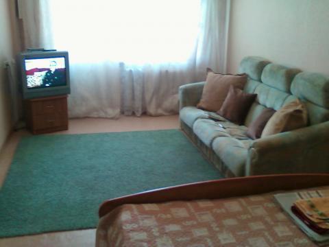 1 300 Руб., Квартира посуточно, Квартиры посуточно в Ангарске, ID объекта - 300622047 - Фото 1