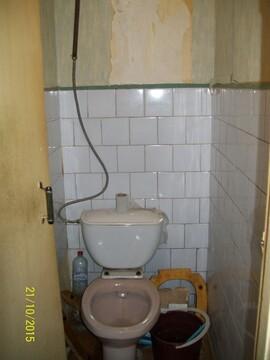 Две смежные комнаты, одна под спальню вторая кухня гостинная, в спальне . - Фото 2