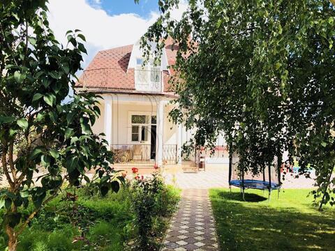 Продам дом на ухоженном уютном участке 12 со. в охраняемом поселке в . - Фото 1
