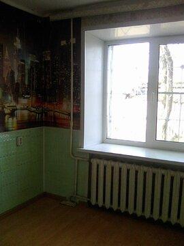 530 000 Руб., Гостинка в Западном, Купить квартиру в Кургане по недорогой цене, ID объекта - 319380825 - Фото 1