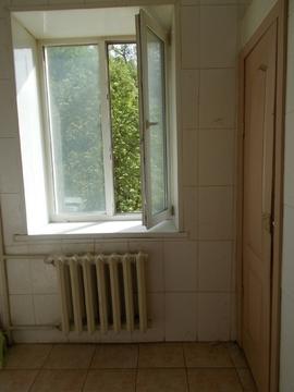 Комната 15,5 кв.м. пр. Труда, д.25 - Фото 4