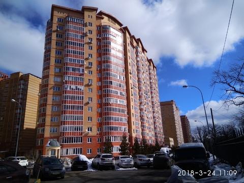 Купи квартиру с огромной лоджией и гардеробной - Фото 1