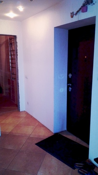 Продаю двухкомнатную квартиру по ул.Строителей 6, 9 эт., Продажа квартир в Чебоксарах, ID объекта - 332336273 - Фото 1
