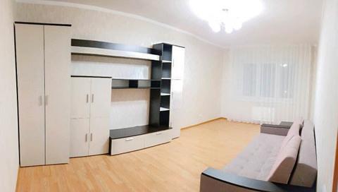 Сдается 1-комнатная квартира 52 кв.м. в новом доме ул. Маркса 81 - Фото 1