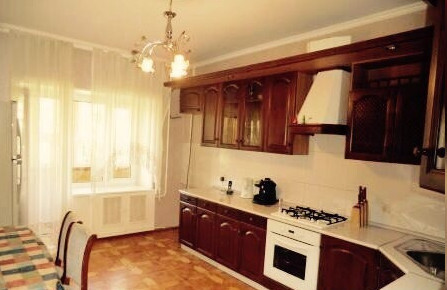 Продается 4 комнатная квартира на ул. Суворова - Фото 1