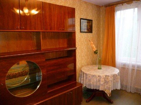 Комната посуточно у метро ул.Дыбенко - Фото 1