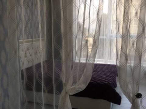 Продажа двухкомнатной квартиры на Первомайской улице, 19 в Сочи, Купить квартиру в Сочи по недорогой цене, ID объекта - 320268997 - Фото 1