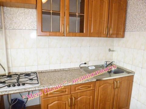 Сдается 2-х комнатная квартира 55 кв.м. ул. Аксенова 15 на 3 этаже. - Фото 3