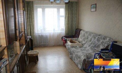 Хорошая Трехкомнатная квартира в кирпичном доме у метро Комендантский - Фото 1