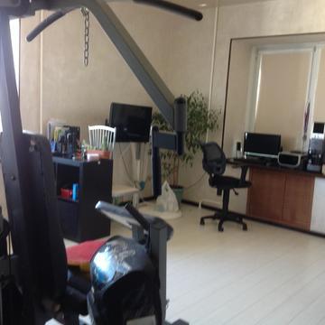 Продам трехкомнатную квартиру в мкр. Южном - Фото 1