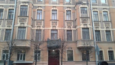 Комната в 8-комнатной кв, г. Санкт-Петербург, ул.6-я Советская - Фото 1