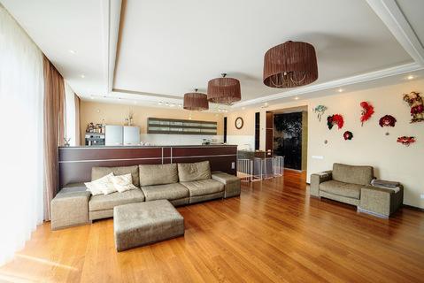 Современная двухуровневая квартира площадью 254,3 кв.м - Фото 3