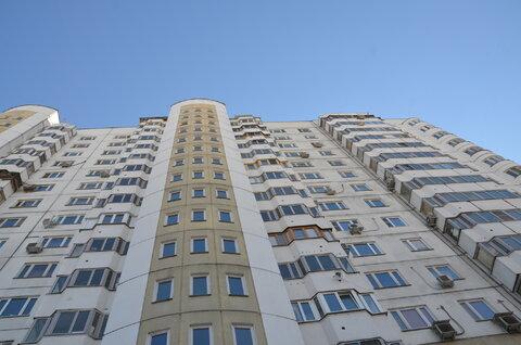 Продаю 2-х комнатную квартиру с авторским дизайном - Фото 1