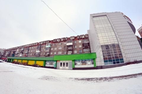 Продается Торговый центр. , Новокузнецк город, улица Тореза 64 - Фото 4