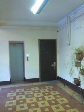 4-к Комната, Красноказарменная улица, 9 - Фото 4