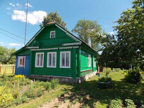 Ухоженный двухкомнатный бревенчатый дом в пос. Петровский - Фото 2