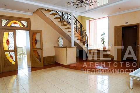 Продам отдельно стоящее трёхэтажное здание в поселке Петровском, с . - Фото 4