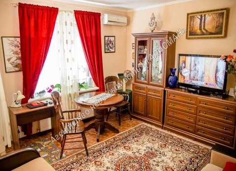 Продается 1 комн.кв. в Центре, 43 кв.м., Купить квартиру в Таганроге по недорогой цене, ID объекта - 326493904 - Фото 1