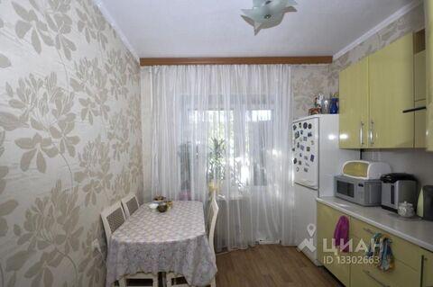 Продажа квартиры, Губкинский, Улица Нефтяников - Фото 1