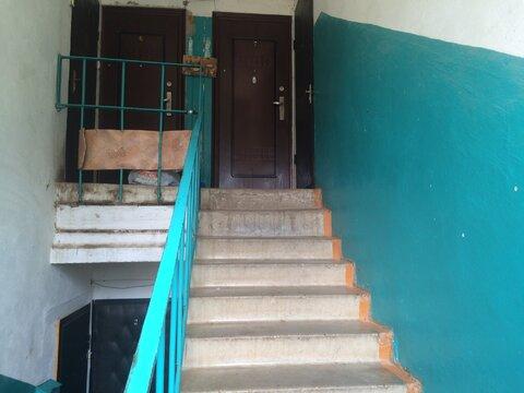 Продажа двухкомнатной квартиры с гаражом в Верее - Фото 4