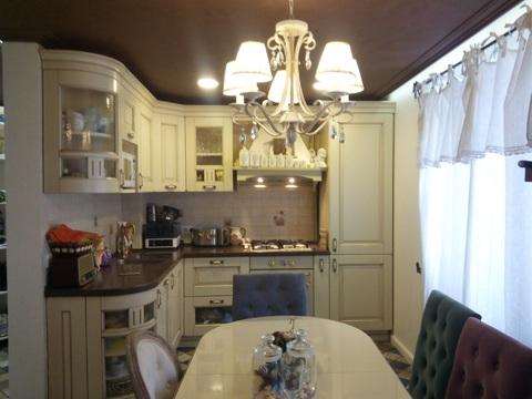 Продается шикарная квартира в центре пгт Разумное - Фото 1