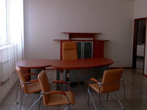 Сдаётся офис 40 кв.м. на ул. Казанское шоссе, 25 частично меблирован. - Фото 1
