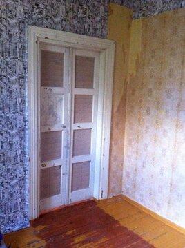 Квартира требует ремонта. С/у раздельный. Комнаты смежные.Окна во двор - Фото 3