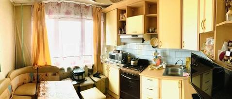 Объявление №65191070: Продаю 3 комн. квартиру. Ангарск, 17а мкр, 23,
