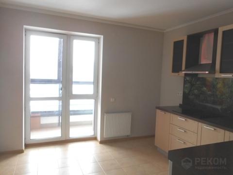 2 комнатная квартира, ул. Газовиков,65, Европейский мкр. - Фото 1
