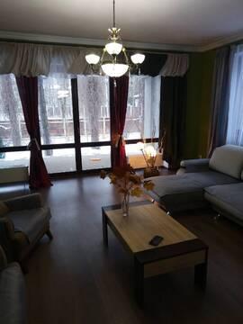 В черте г.Пушкино продается коттедж на участке с хвойными деревьями - Фото 2