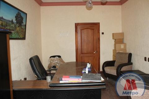Коммерческая недвижимость, пр-кт. Октября, д.84 к.А - Фото 1