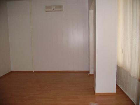 Сдаётся помещение 40 кв.м. на ул. Героев Десантников под офис, класс. - Фото 1