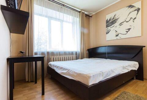 Современная квартира от собственника., Квартиры посуточно в Екатеринбурге, ID объекта - 323264315 - Фото 1