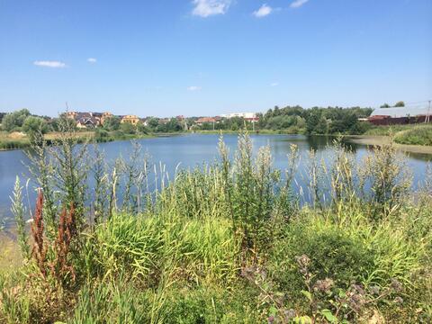 Продаю участок с выходом к озеру. Минское ш. 20км от МКАД - Фото 1
